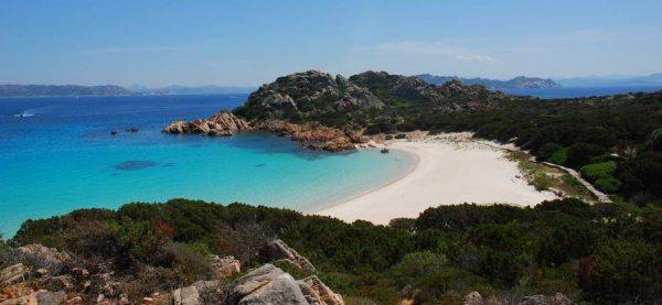 Лучшие отели Сардинии для отдыха с детьми