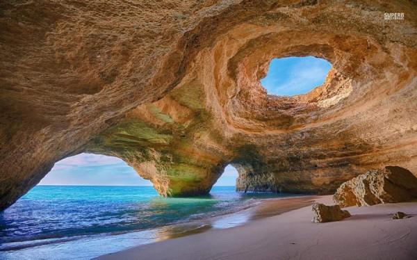 Куда поехать в Португалии