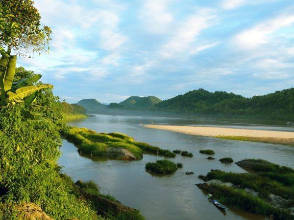 Река Меконг в Лаосе