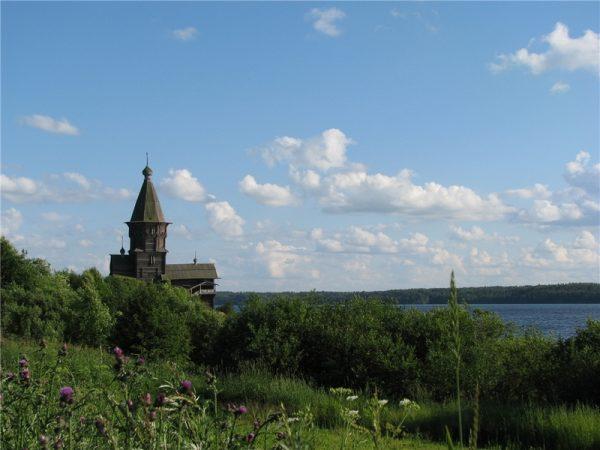 Успенская церковь на Онежском озере