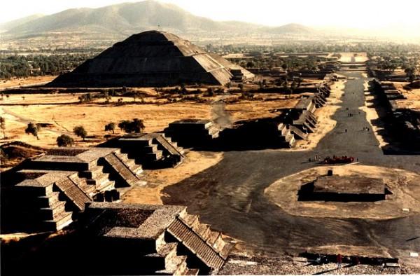 Пирамиды Мексики (photo by WorldFlickr)